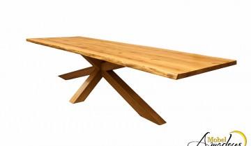 Mese din lemn masiv de stejar cu design special
