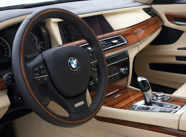 BMW Seria 7 - 2009 - masini de lux