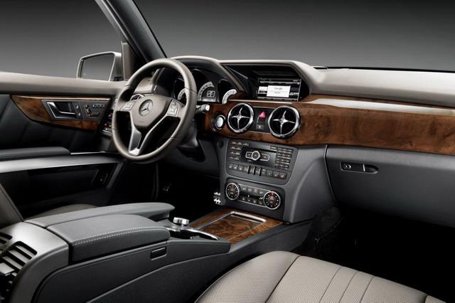 Mercedes GLK - Model 2013 interior