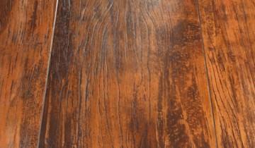 Placari cu lemn sau imitatii de lemn