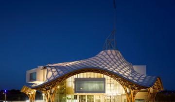 Centru Pompidou din Paris are un frate la Metz | Din lemn