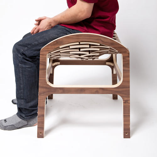 Scaun din placaj