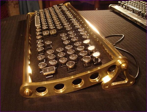 Tastatura retro