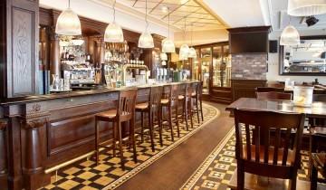 Mobilier de pub sau bar   Amenajari interioare clasice