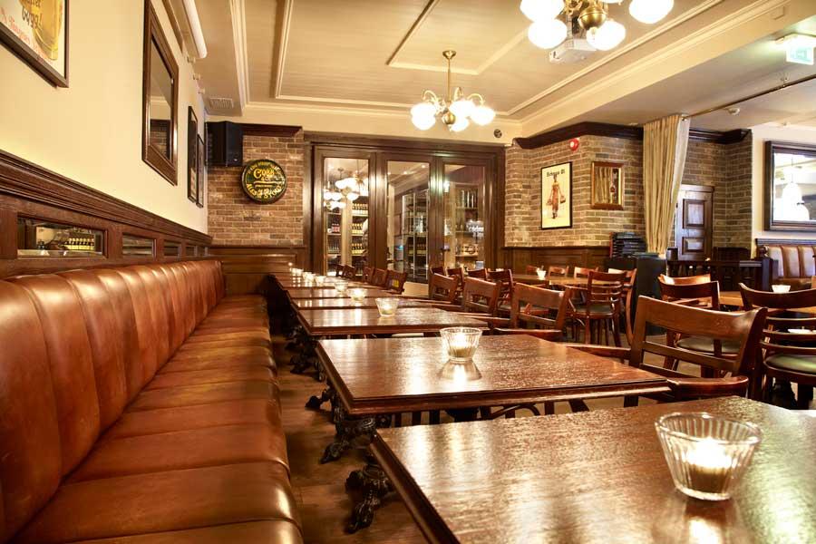 mobilier de bar si pub