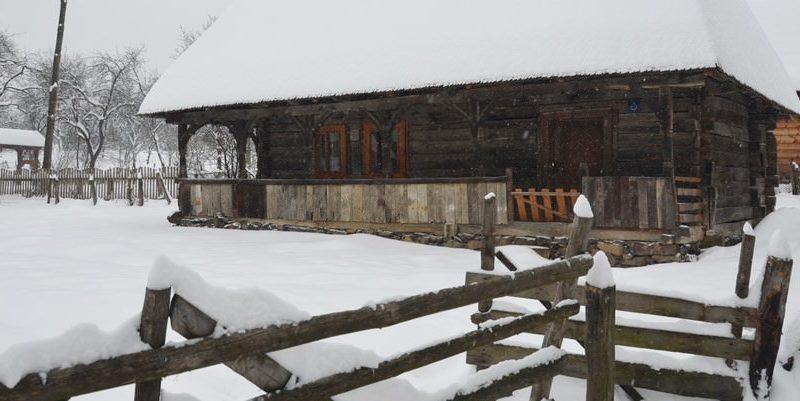casa de lemn Maramures