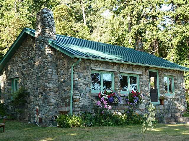 Idei pentru cabane mici de relaxare indiferent de for Stone cottages plans