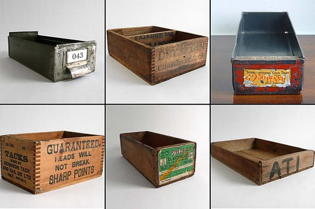 "<img src=""https://www.stejarmasiv.ro/wp-content/uploads/2013/02/6-cutii-de-lemn-vechi.jpg"" alt=""cutie de lemn"" />"