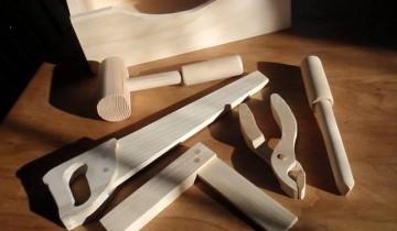 scule de lemn