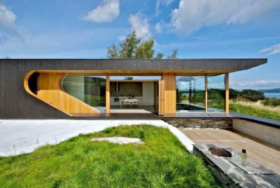 "<a href=""https://www.stejarmasiv.ro/wp-content/uploads/2013/03/Casa-pentru-panorama-cu-geamuri-pliabile.jpg"" alt=""casa de lemn""></a>"
