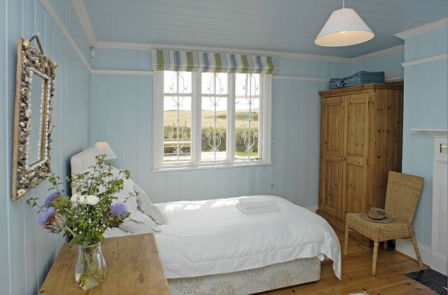 dormitor pentru oaspeti
