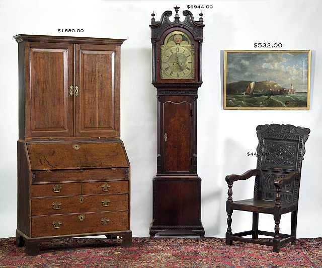 "<img src=""https://www.stejarmasiv.ro/wp-content/uploads/2013/04/Englishfurniture-Chair+Clock+paint+secretaryDesk.jpg"" alt=""licitatie"" />"
