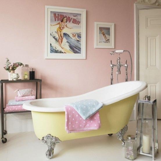 baie jucausa pentru femei