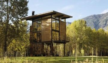Adăpostul Delta – o minunăție din lemn și metal