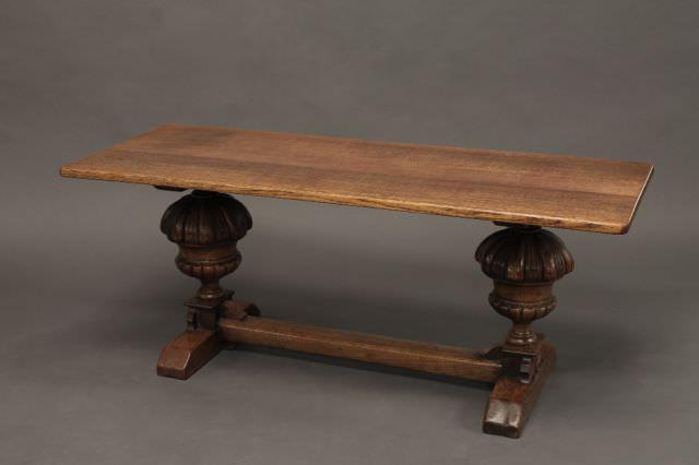Stejar Masiv Fr comentarii Variaiuni pe tema mesei  : picioare sculptate pentru masa din lemn masiv from www.stejarmasiv.ro size 640 x 426 jpeg 16kB