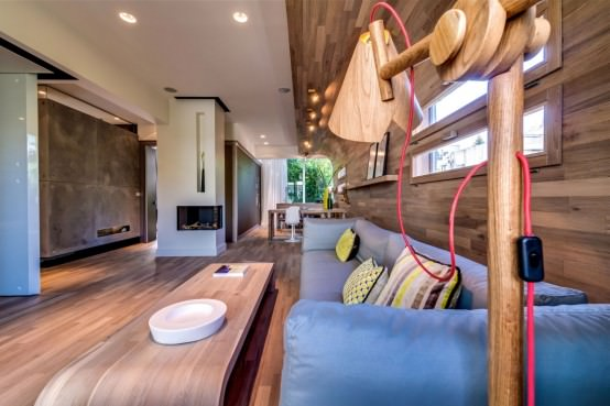 lampa din lemn masiv - apartament modern