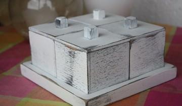 Lucruri serioase sau jucării? Cutie din lemn – cadou