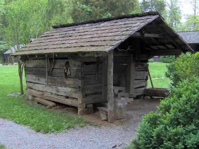 afumatorie din lemn