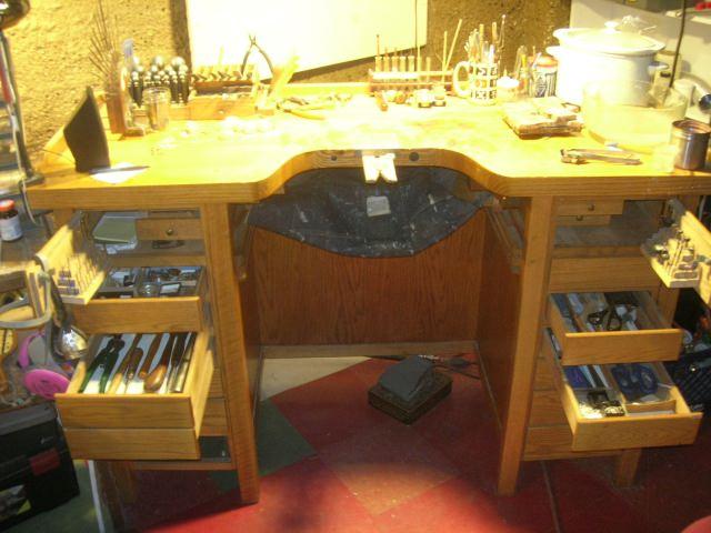 instrumentar de scule pe banc de lucru de bijutier