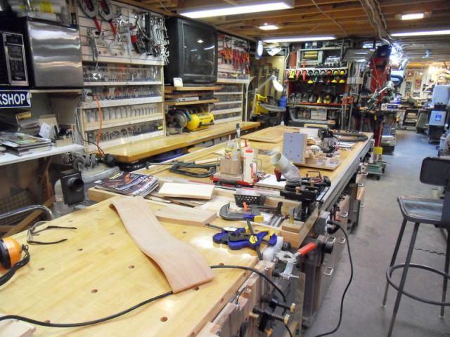 Masă de lucru din lemn