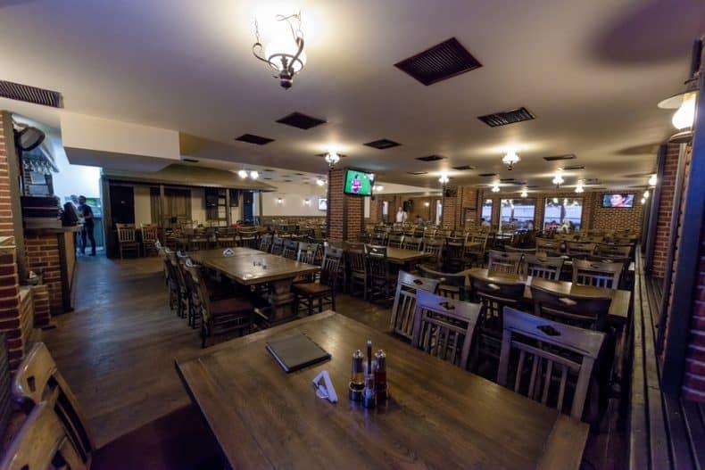 restaurant la Maria si Ion din București