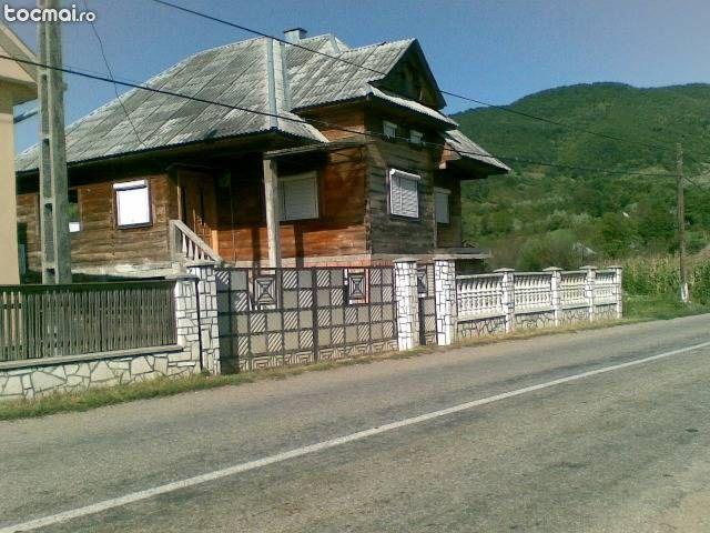 Cabana din busteni la cheie for Case de lemn pret 10000 euro