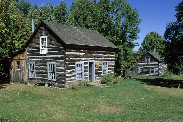 Pentru c cabane din lemn for Log cabins victoria