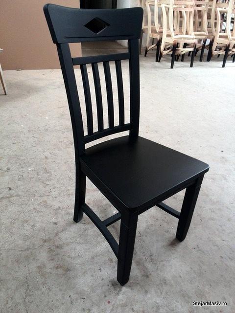 scaun din lemn masiv de fag