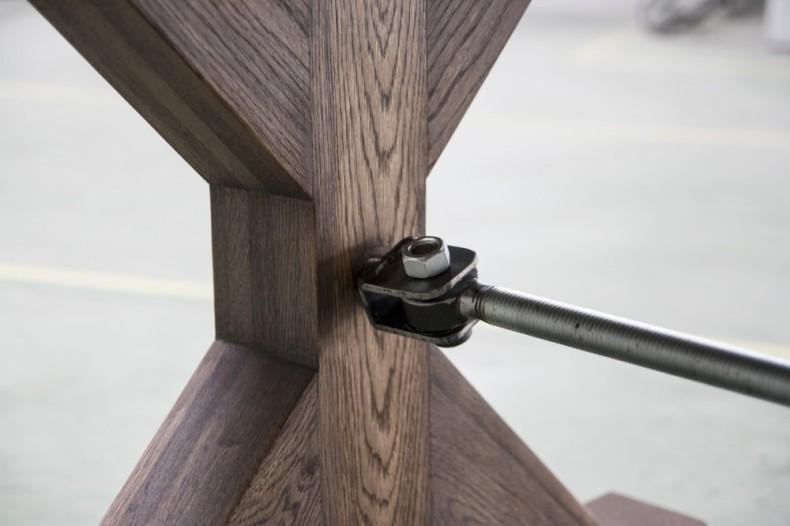detaliu constructiv masa din lemn si metal