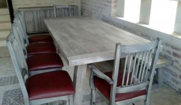 Set masa din lemn masiv Georgia si scaune modelul Eduard