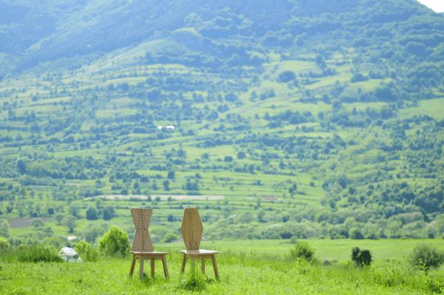 mobila romaneasca