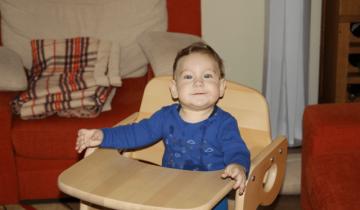 Scaun pentru copii cu sezut reglabil și Victor