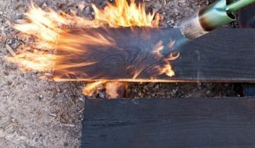 Tehnica japoneza de finisare și protejare a lemnului