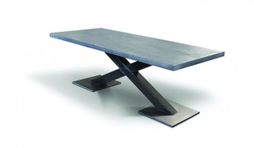 X  – masa cu picior metalic și blat din stejar masiv