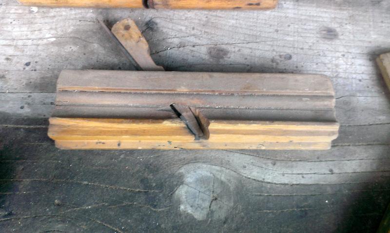 scule vechi de dogarie