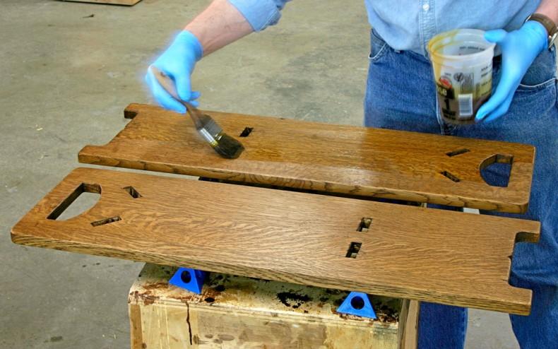 lacuirea lemnului