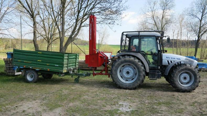 tocator de crengi dupa tractor