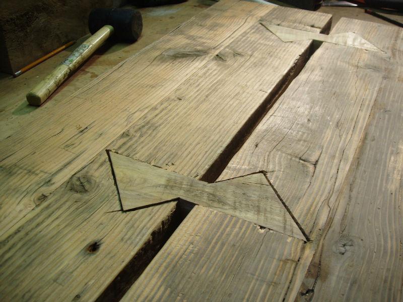 fluturasi din lemn