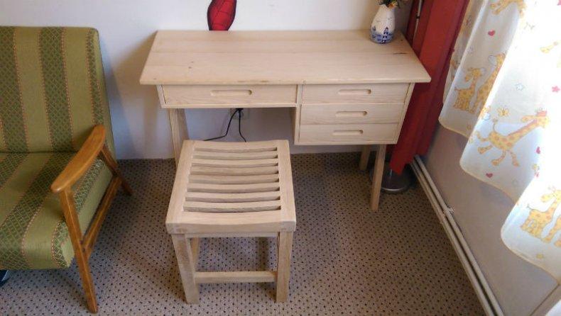 birou pentru copii - amplasare finala
