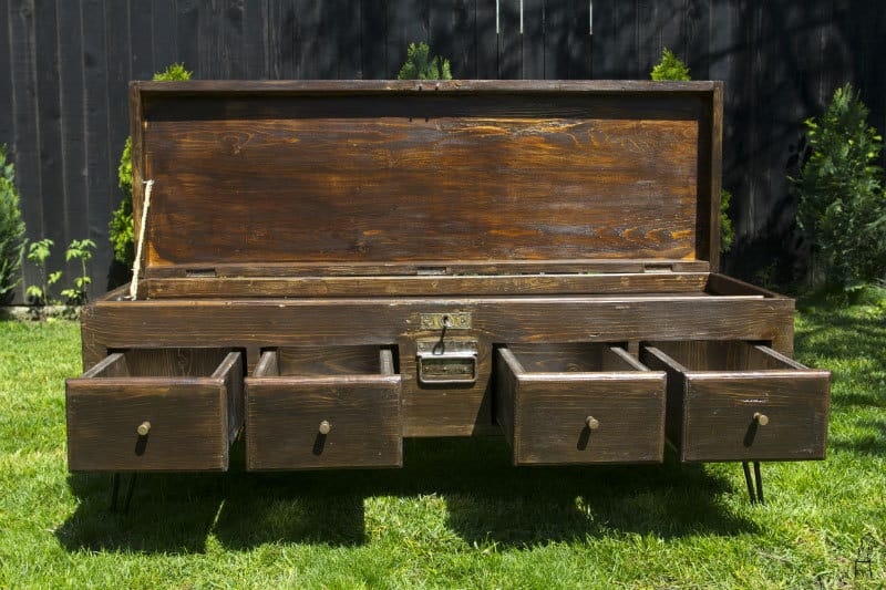 depozitare - mobilier din lemn recuperat