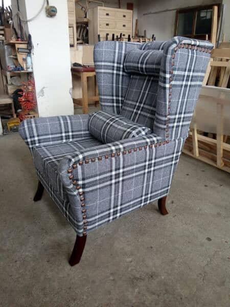 scaunul pentru citit