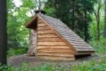 fatada exterioara din lemn