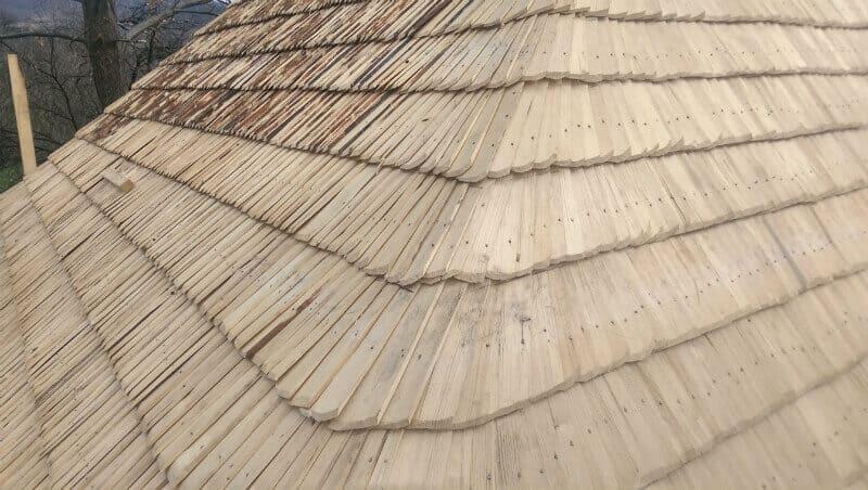 folie anticondens sub dranita - - invelitori din lemn