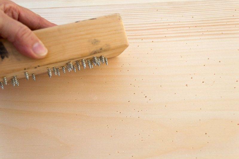 cari de lemn