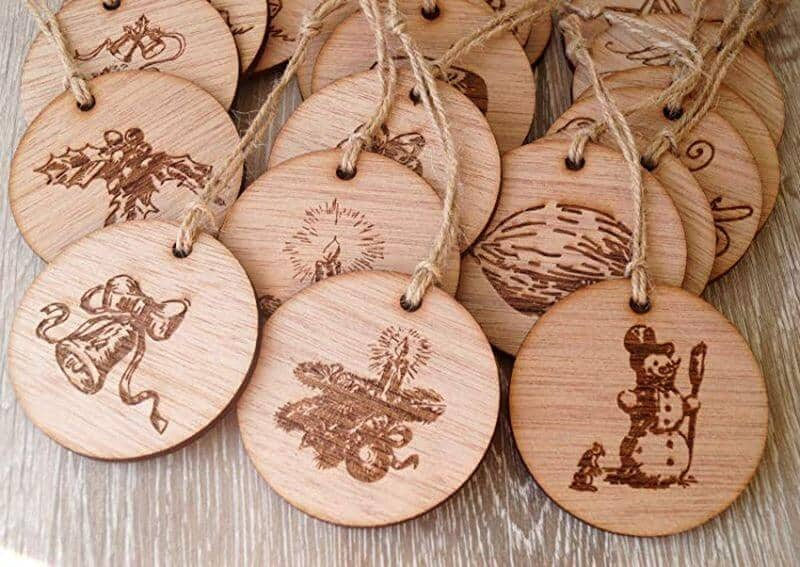 globuri din lemn