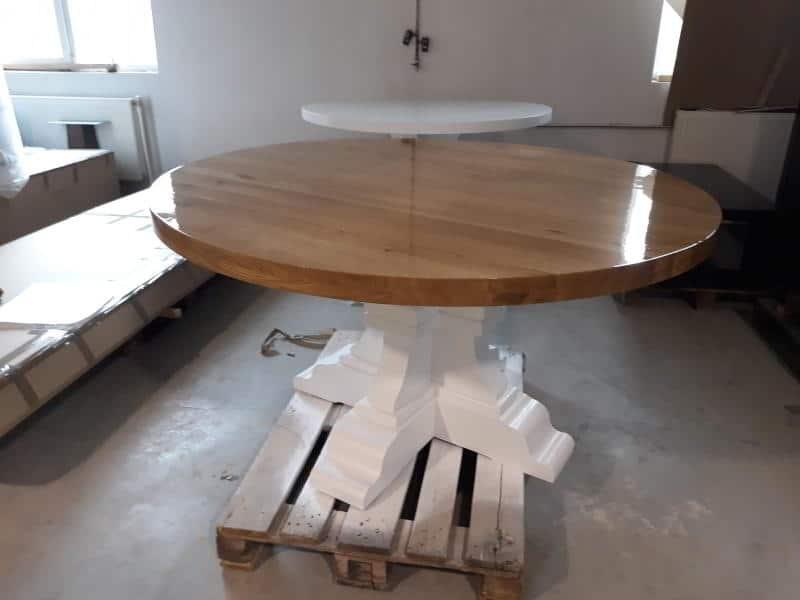 showroom de mobila in hala