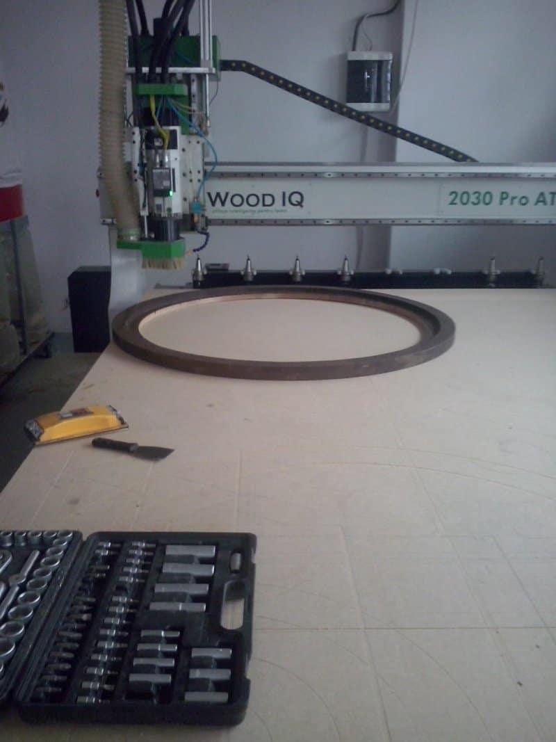 Decupare circulară cu CNC
