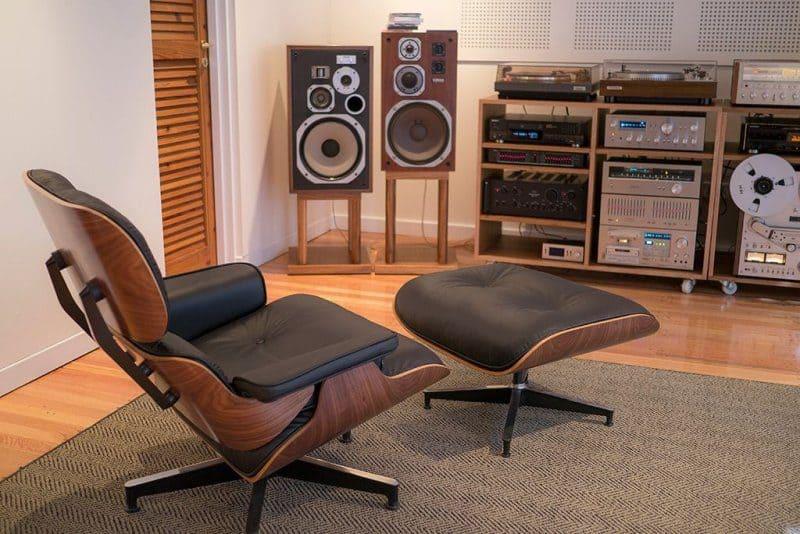 cameră pentru audiții - fotoliul Eames
