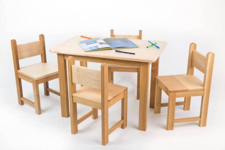 masuta cu doua scaune - 4 scaune