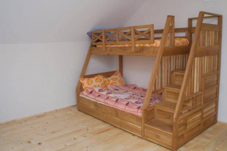 paturi din lemn masiv